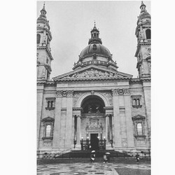 ❤ Welcome to Budapest ❤ #Margarita _#Backpack_Europe #EuroTrip #2017 #BudapestChapter #Avenue_Backpa