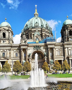 Bus tour Berlin - Berliner Dome ,lucky t