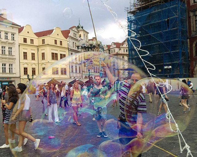 Let's blow some Bubbles - Old town , Prague__#backpack_prague #Praga