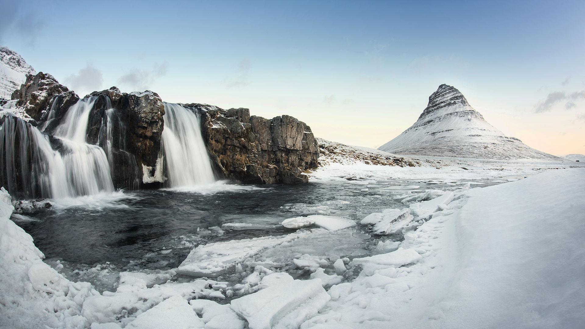kirkjufell-water-falls-snaefellsnes-west-iceland-winter