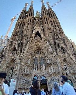 La Sagrada familia - Epic piece of art w