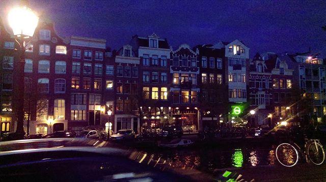 Evening canal walks - Amsterdam