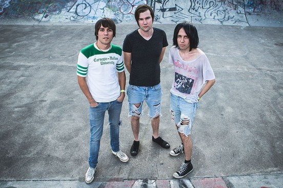 2015THECRIBS_JF_4277190115
