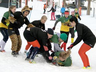 Snow Rugby: vähän lunta, paljon jäätä