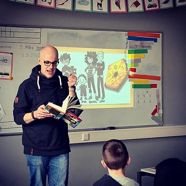 Lesung in Klasse.jpg