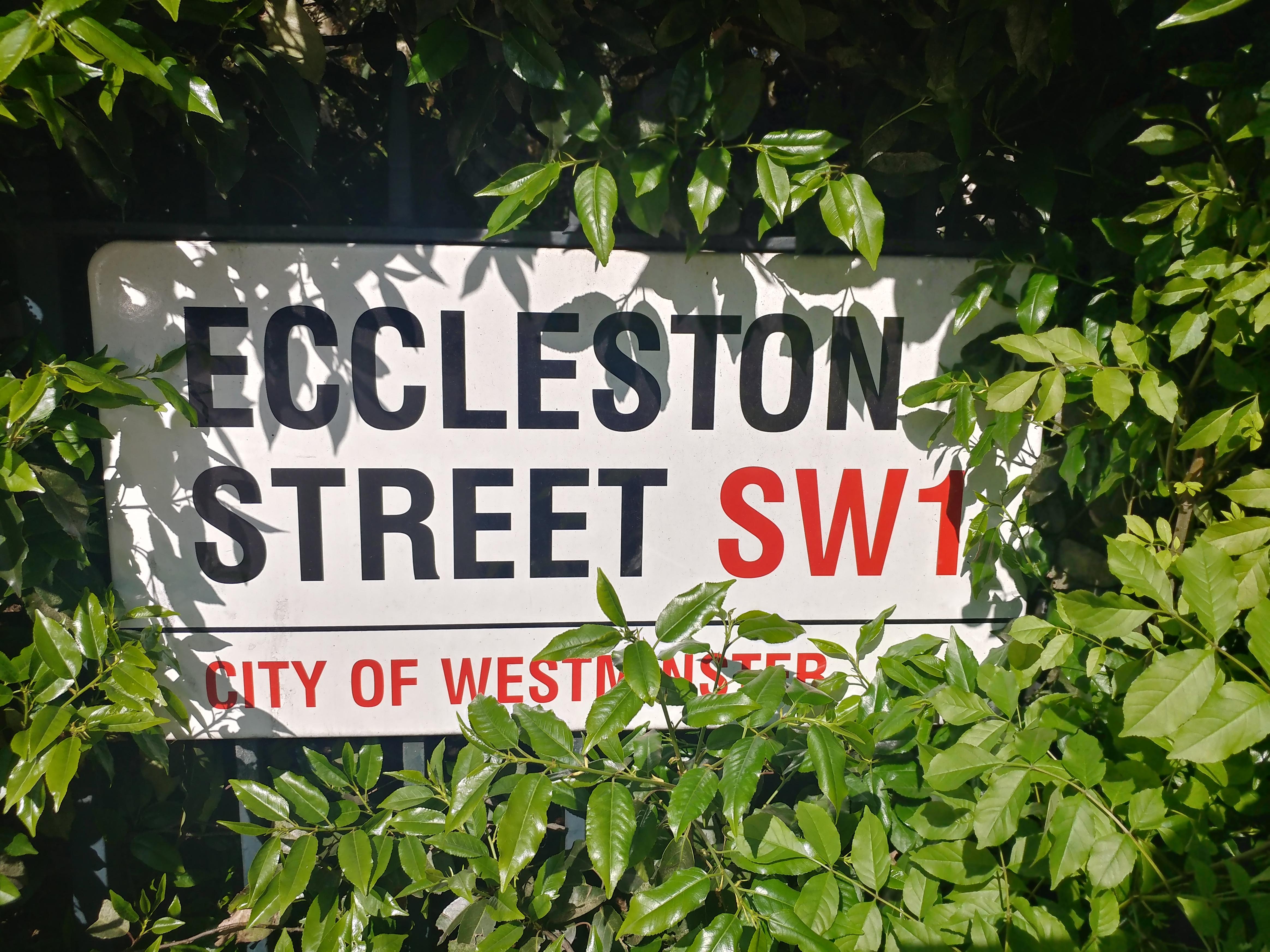 Eccleston St at Chester Square