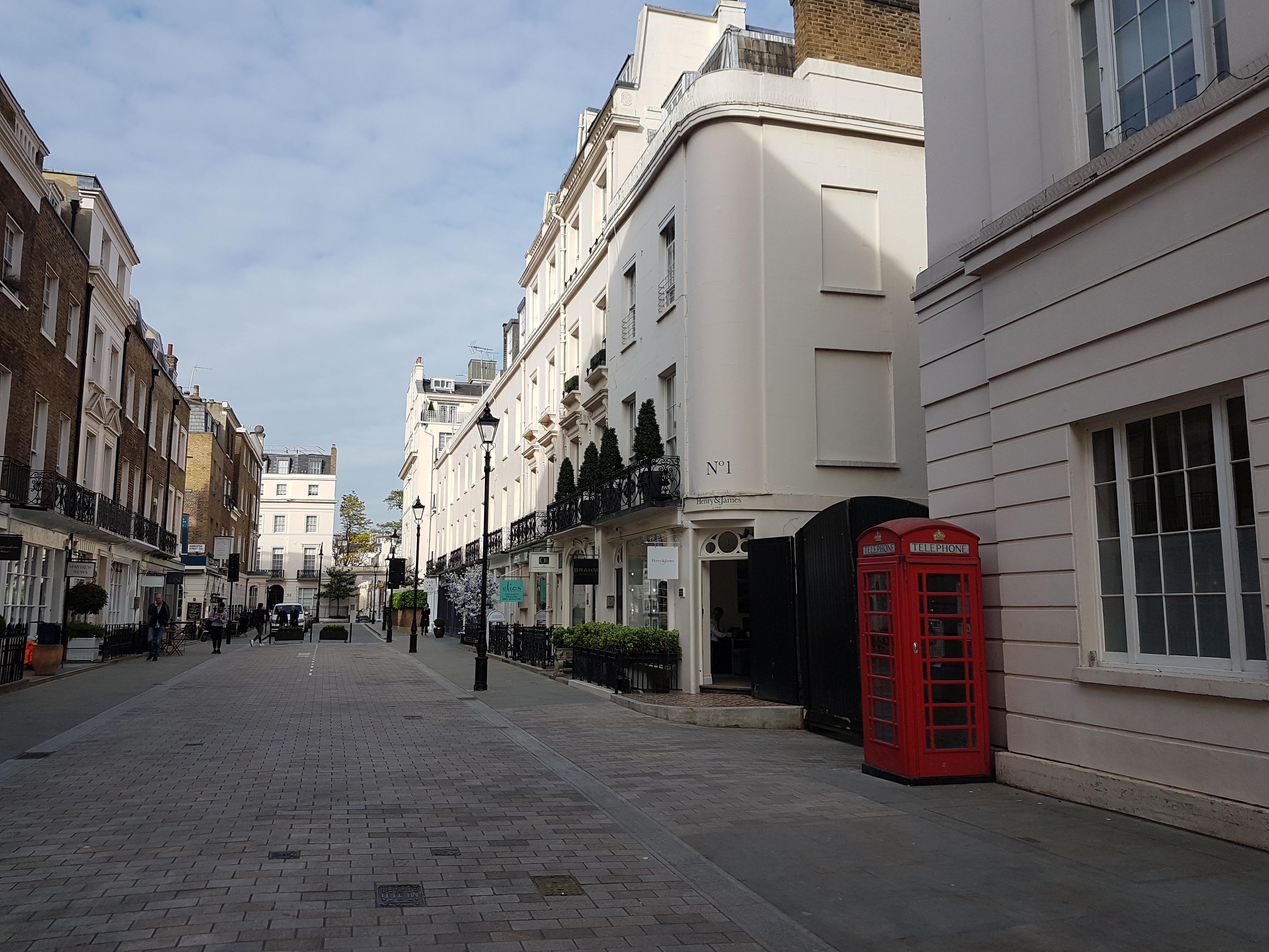 Motcomb Street