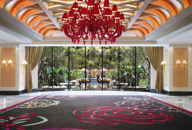 Hotel - Casino Lobby