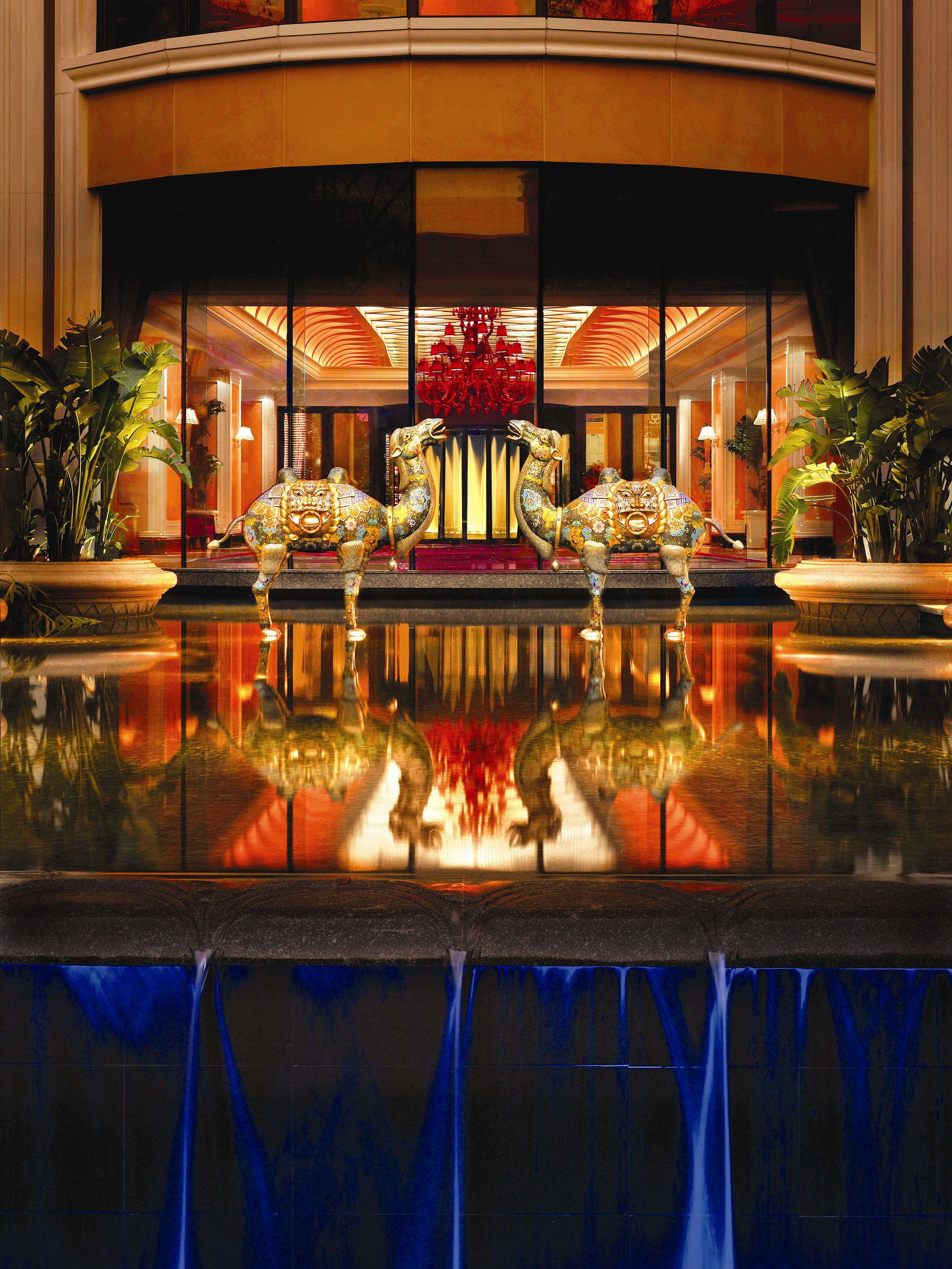 Lobby Exterior Water Feature