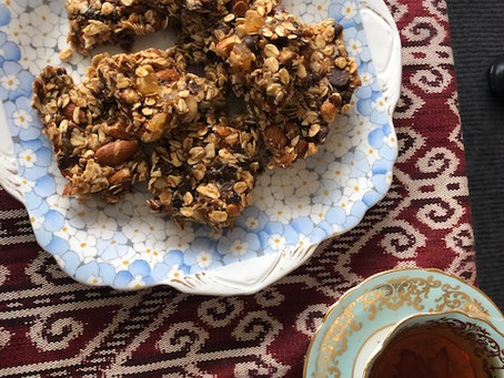 Munchy muesli treats for afternoon tea