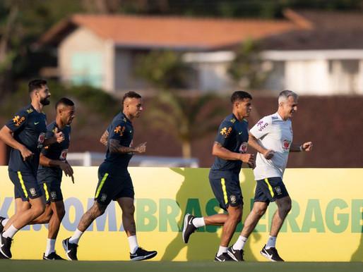 Seleção brasileira faz primeiro treino para estreia nas eliminatórias.