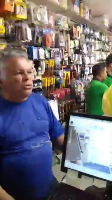 Elétrica Oliveira 1ano servindo aos nossos clientes!!!