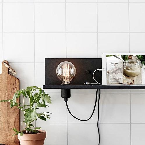Luminária de parede com USB na cor preta Premier