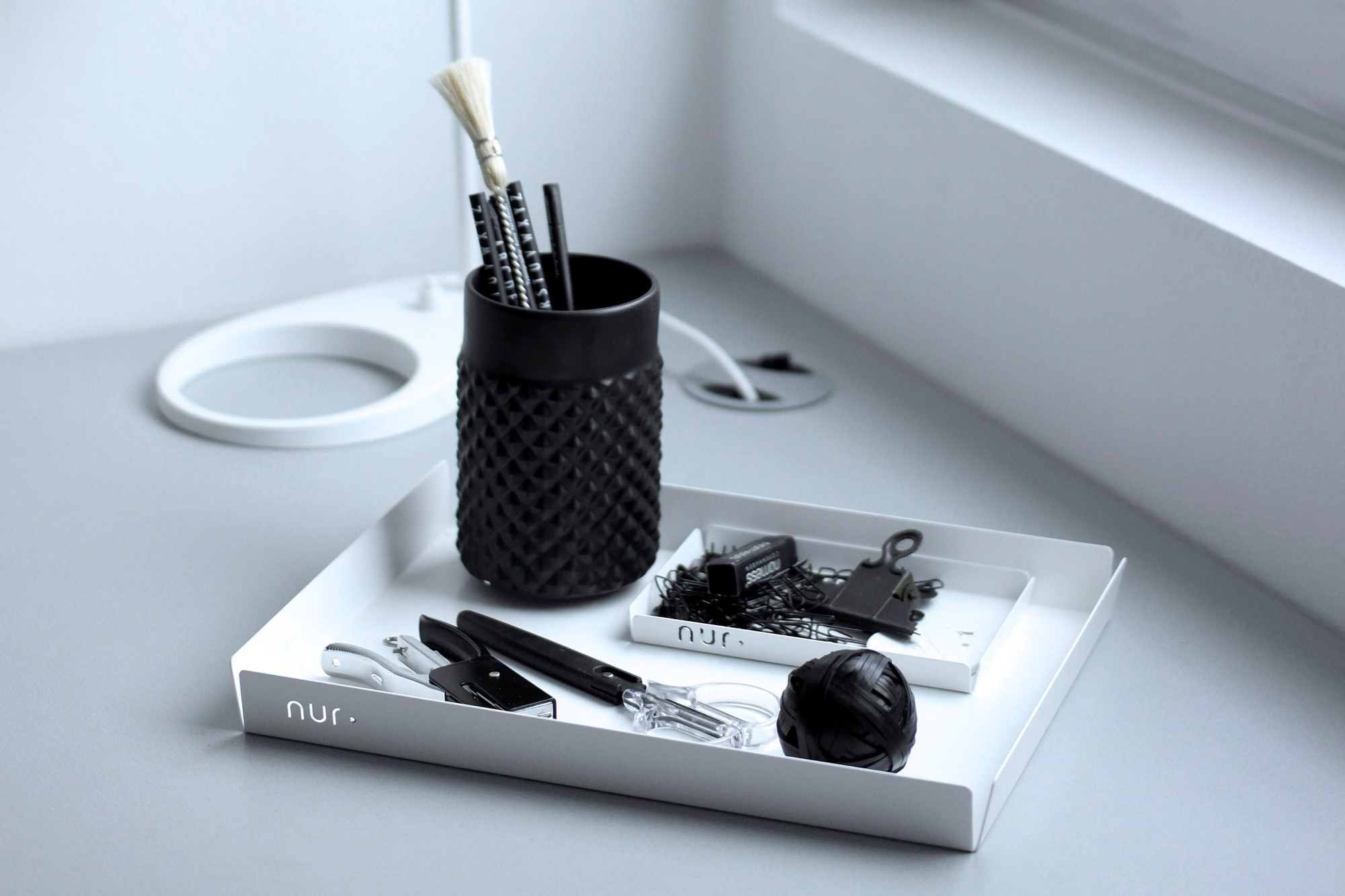 Nur Design white tray for organizing