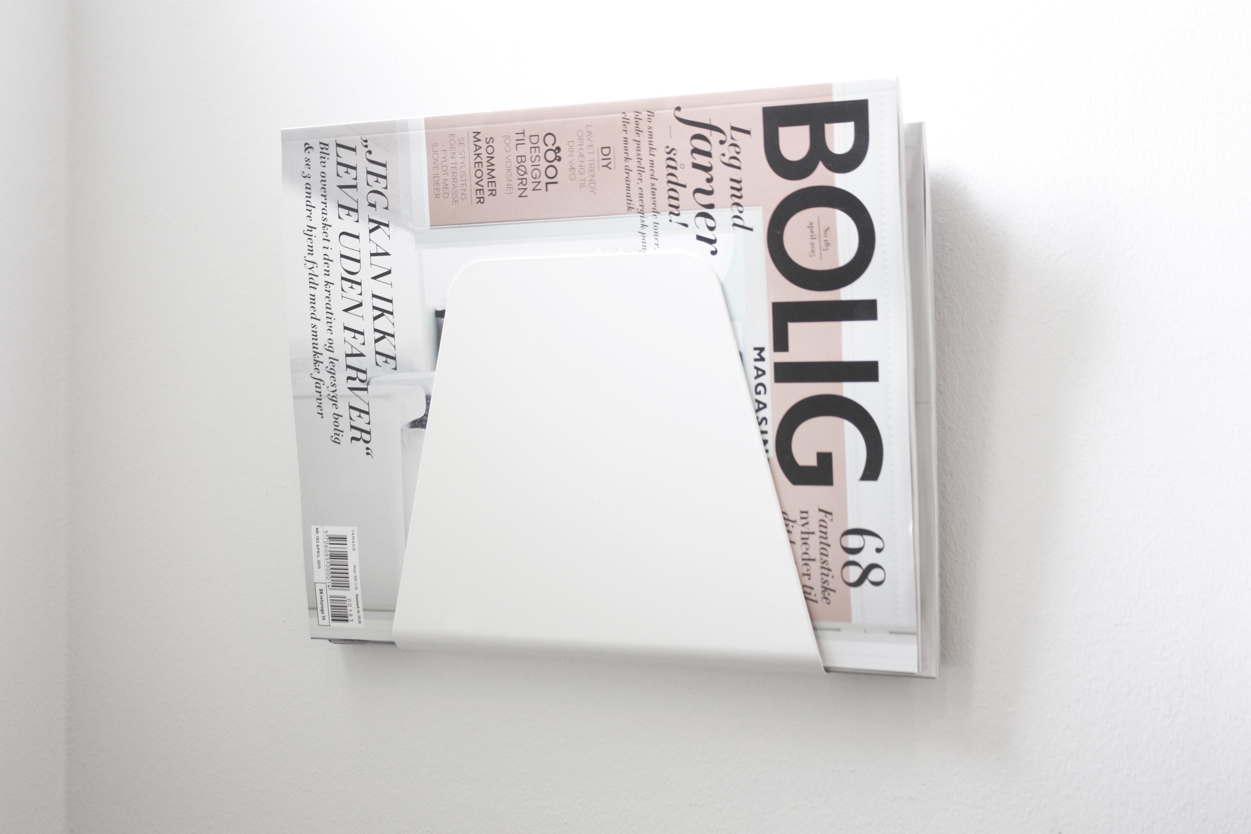 Display you favorite magazines