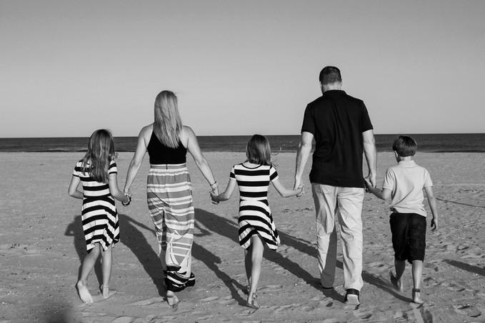 Family Beach Photos-204.jpg