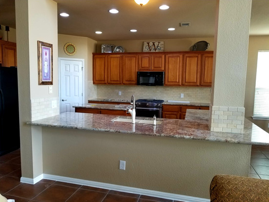 Counters and Backsplash After.jpg