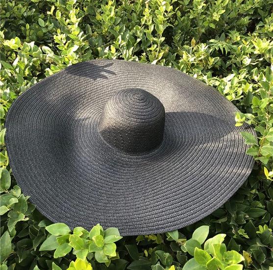 Oversized Vaca hat