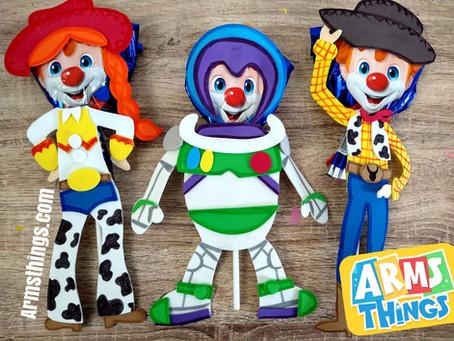 Paletas payaso Toy Story y Monsters Inc.