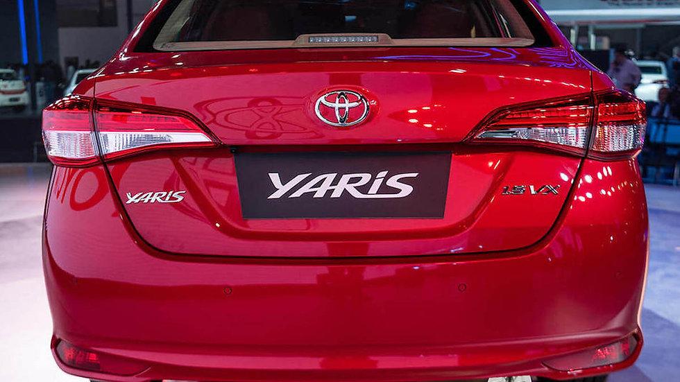 """Ponteira Dupla Y 2.5"""" Reta Grau Inox 304 Toyota Yaris Sedan"""