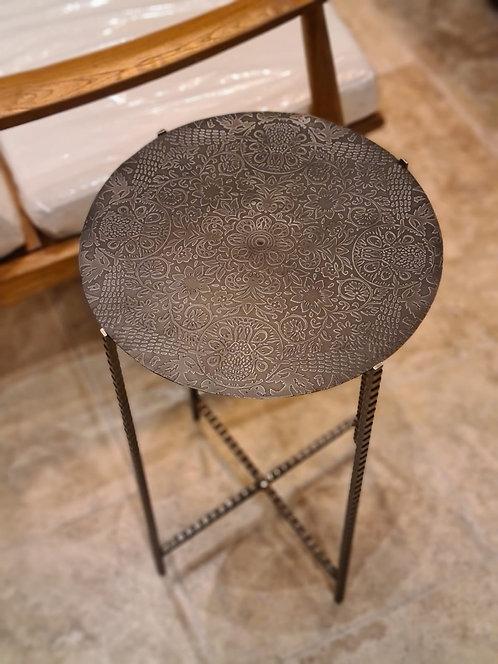 Table d'appoint ronde en métal