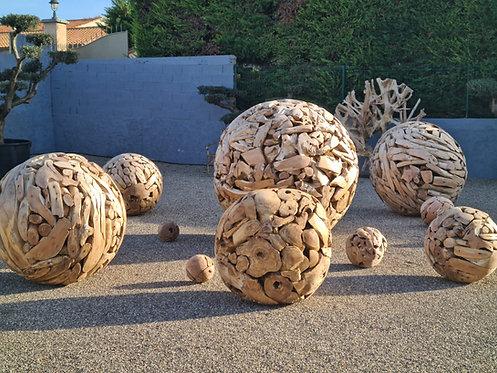 Boules en racines de teck