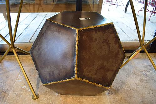 Table d'appoint cubique métal