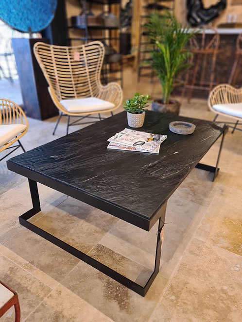 Table basse métal et pierre naturelle