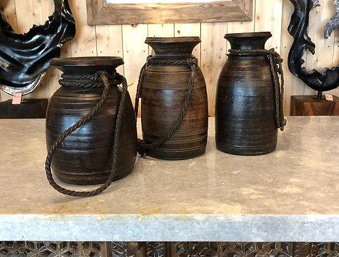 Pot ancien moyen modèle