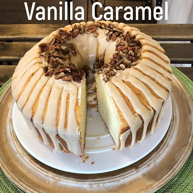 Slicing Vanilla Caramel Pound Cake today