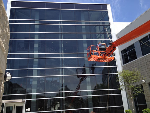 Commerical Window Cleaning Service high rise