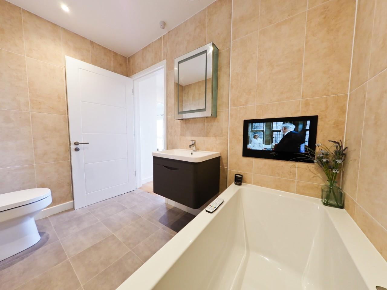 Bathroom with TV (Twin En-Suite)