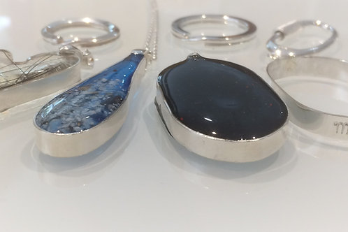 Sterling Silver key-ring set with resin