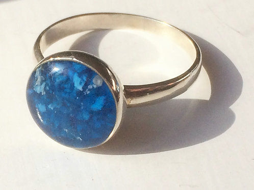 Sterling Silver Round ring set with resin