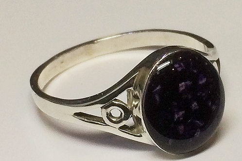 Sterling Silver Oval cast ring set with resin