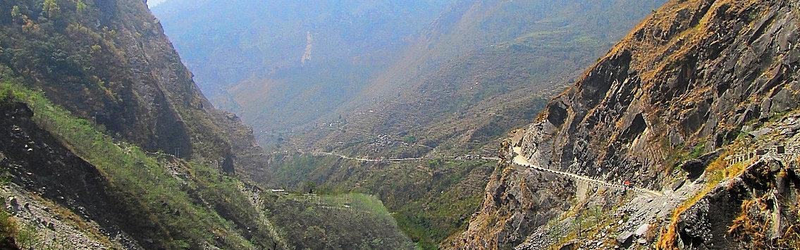 Road jomsm to Tatopani, Nepal