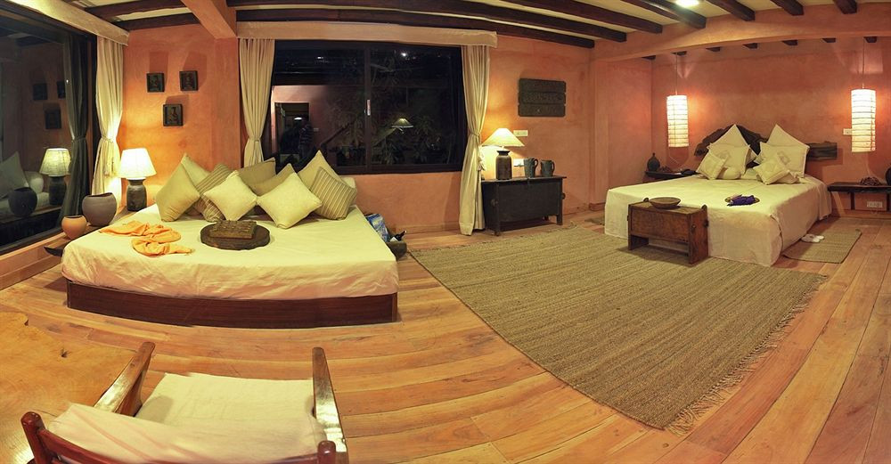 dwarika_room3.jpg