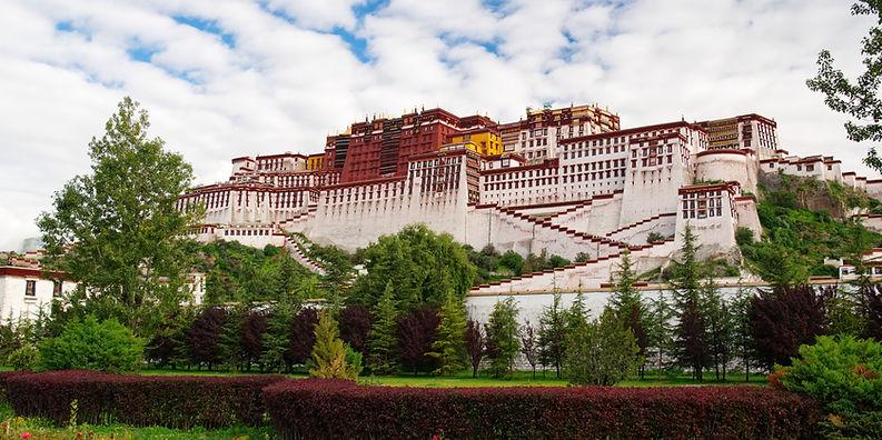 Potala Palace, winter residence of the Dalai Lama, Tibet
