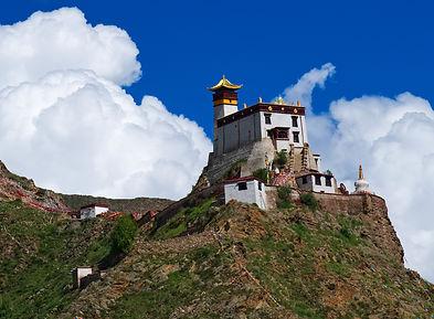 Yumbu Lhakhang, Tibet