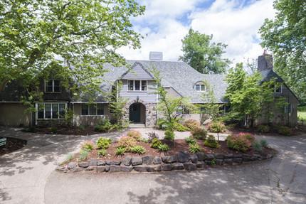 Crestview Manor