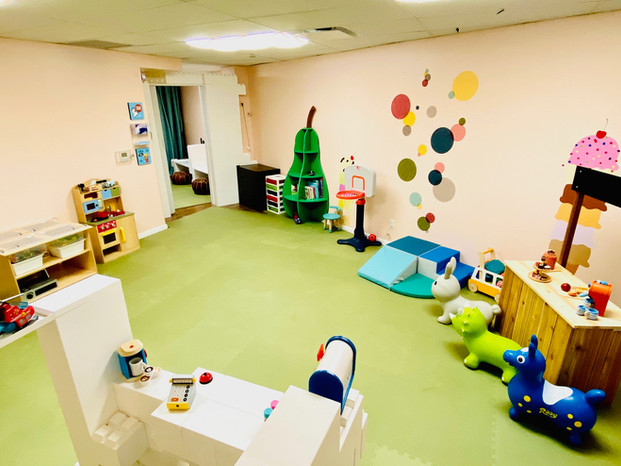 Work and Tot Play-care space