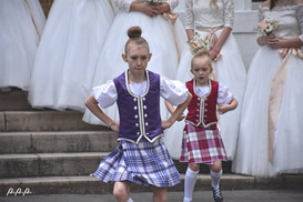 Some young Highland Fling-ers giving it all they've got!!!