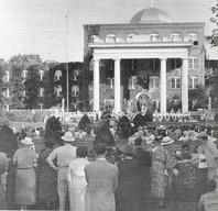 Spectators in 1939