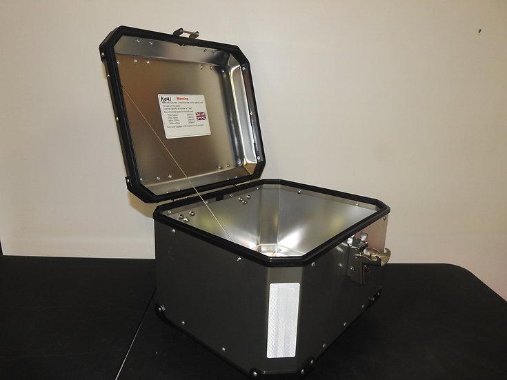 43-Liter Silver Aluminum Top Box
