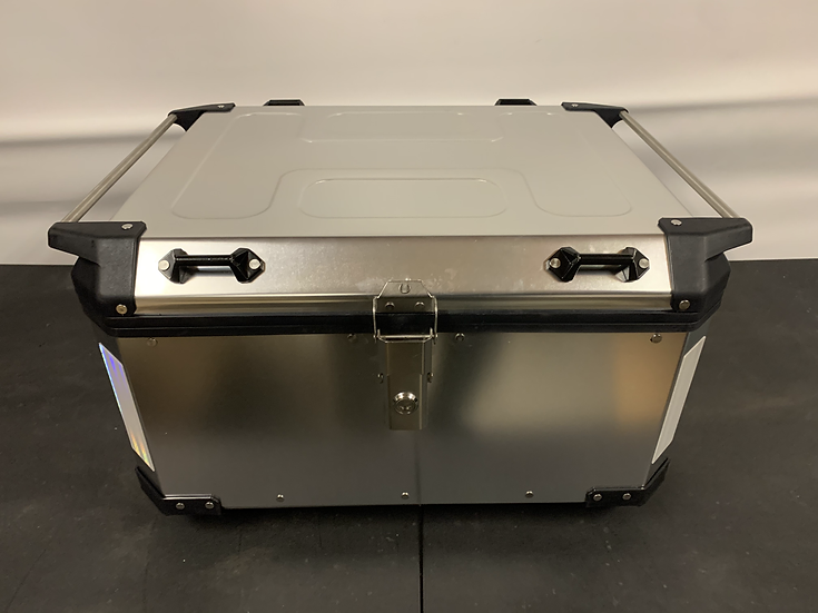 California Super Box - 58-Liter Silver Aluminum Top Box