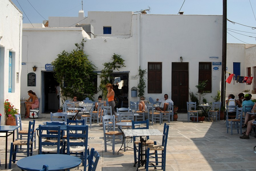 serifos-village-square-tables