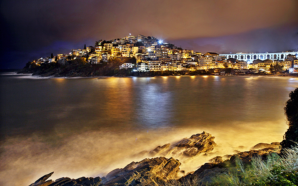 Kavala at night