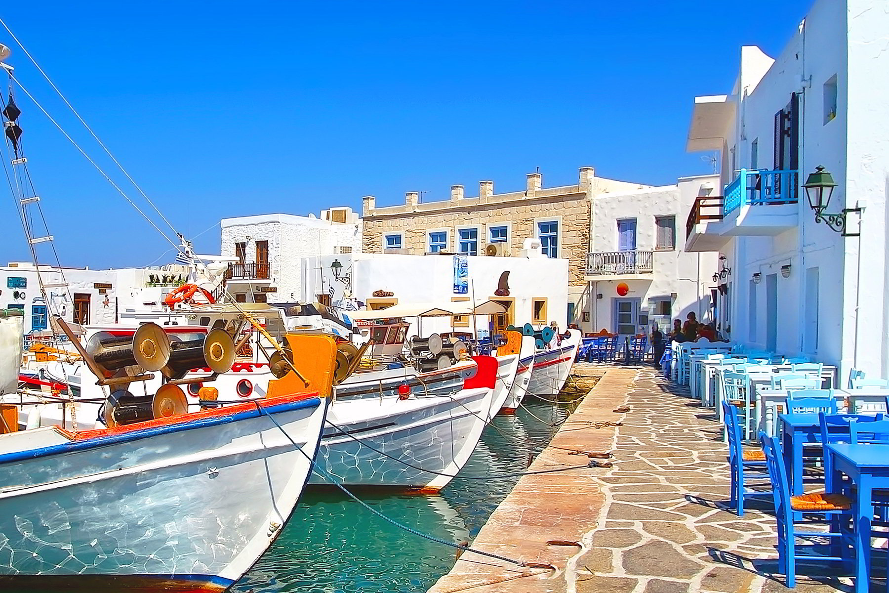 paros-the-port-of-naoussa