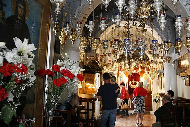 Aegina_agios_nektarios_monastery