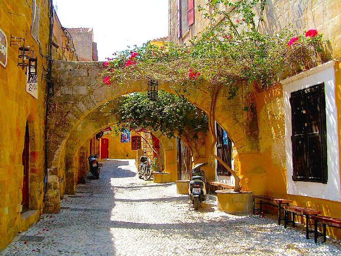 Rhodes-old-street
